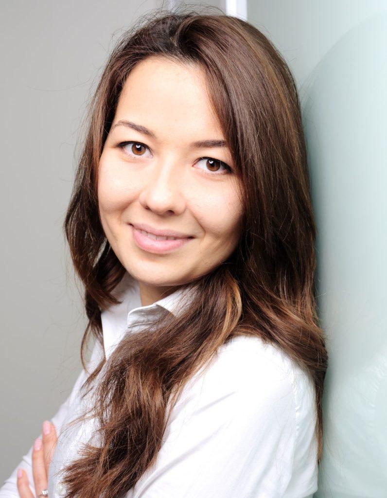 Aziza Hahl - Expert Details